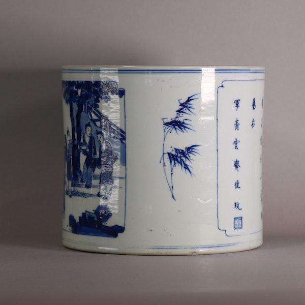 Chinese blue and white brush pot, Bitong, Kangxi (1662-1722), c.1700-15 - image 6