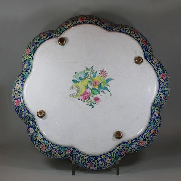 Large fine Canton enamel lobed tray Qianlong (1736-1795) circa 1760 - image 2