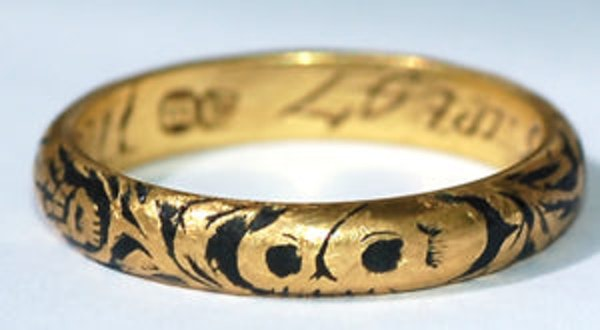 Memento Mori Skull Ring - image 1