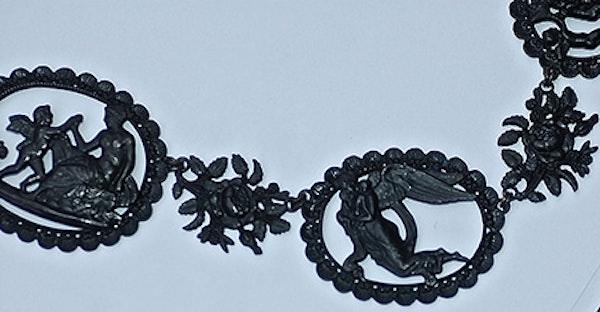Berlin Iron Mythological Necklace - image 6