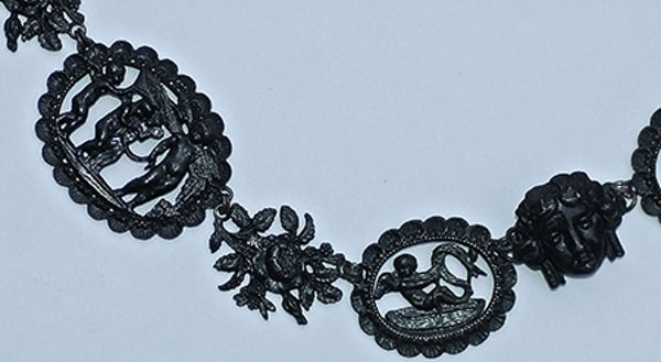 Berlin Iron Mythological Necklace - image 4