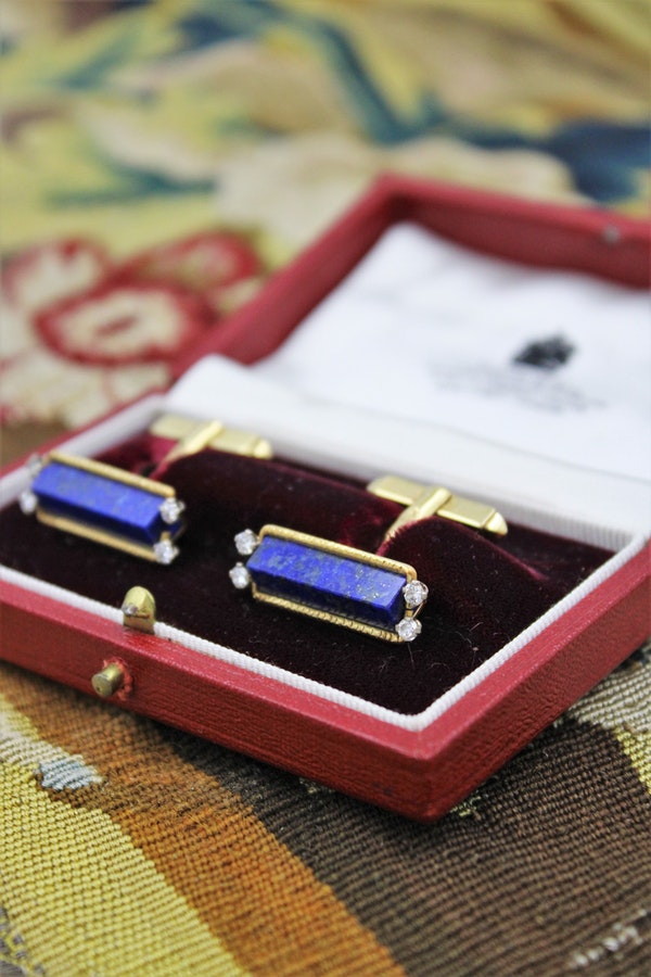 An exceptional pair of Lapis Lazuli and Diamond Cufflinks mounted in 18 Carat Yellow Gold, Aspreys' Date Mark 1974 - image 1