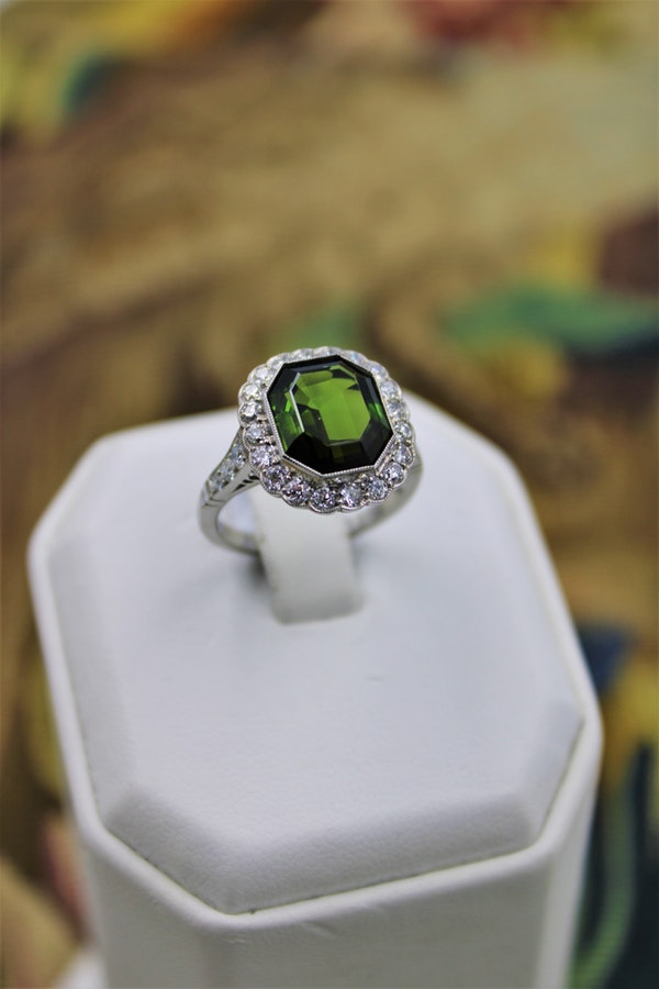 A very fine Green Tourmaline Cluster Ring set in Platinum, Pre-Owned - image 1
