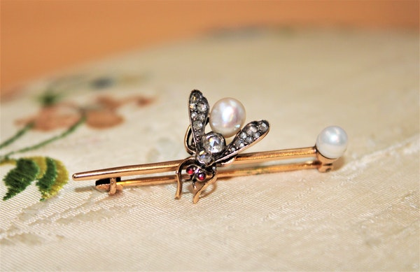 A Natural Pearl, Diamond and Ruby Fly Brooch, Russian, Circa 1890 - image 1
