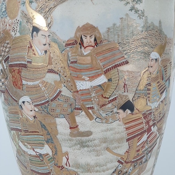 Japanese Satsuma vases with Samurai decoration - image 4