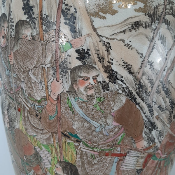 Pair Japanese Satsuma vases with decoration of Samurai - image 1
