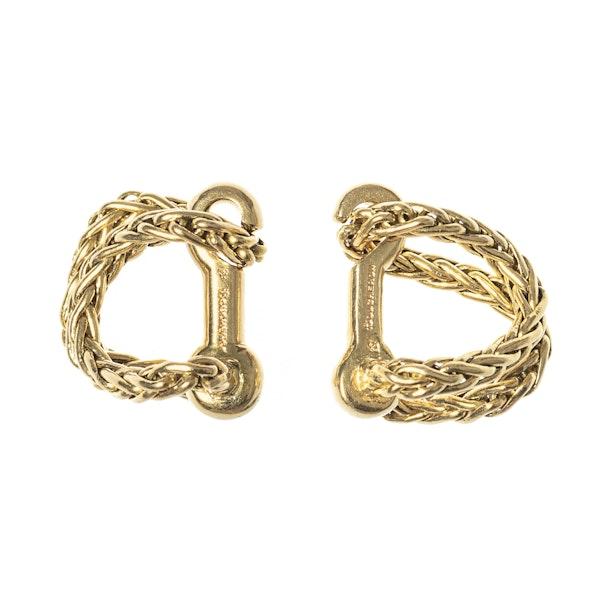 Vintage Boucheron Woven Chain Cufflinks in 18 Karat Gold, French circa 1950. - image 1