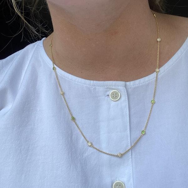 2010's, Lilly Shapiro 18k White Gold Tsavorite Green Garnet & Diamond stone set Chain Necklace ( Spring Magic ), SHAPIRO & Co - image 1