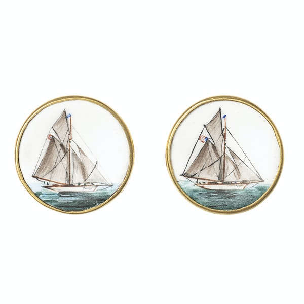 Early 20th Century Hand Painted Yachting Plaques mounted as Cufflinks in 18 Carat Gold, English circa 1920 - image 1