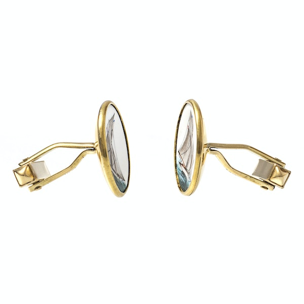 Early 20th Century Hand Painted Yachting Plaques mounted as Cufflinks in 18 Carat Gold, English circa 1920 - image 3