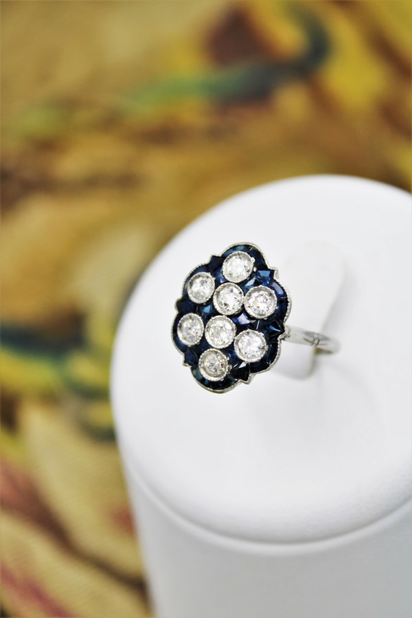 "A very unusual Platinum & Diamond & Sapphire ""Plaque"" Ring, Circa 1930-1940. - image 1"
