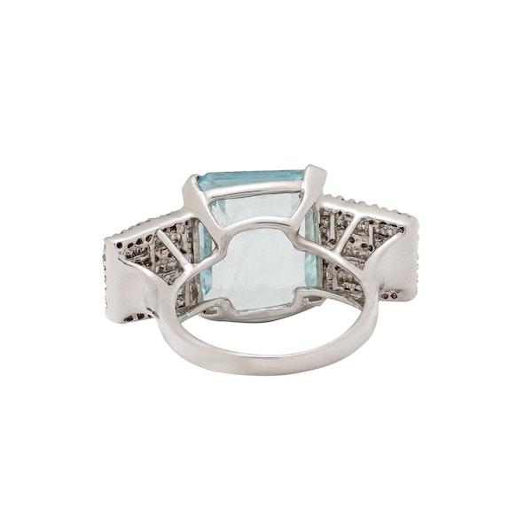 Aquamarine ring - image 3