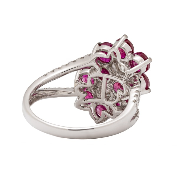 2 flowers shaped ruby ring - image 2