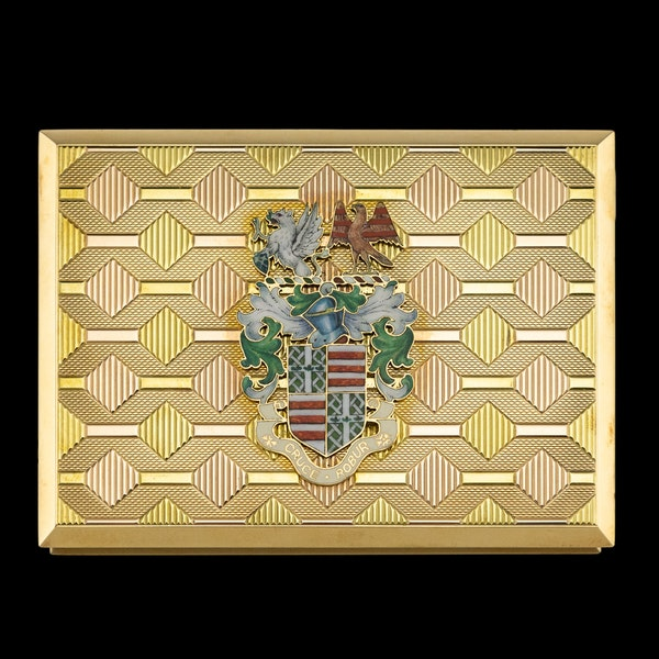 STUNNING 20thC ENGLISH PRESENTATION 18k SOLID GOLD & ENAMEL SNUFF BOX c.1958 - image 3