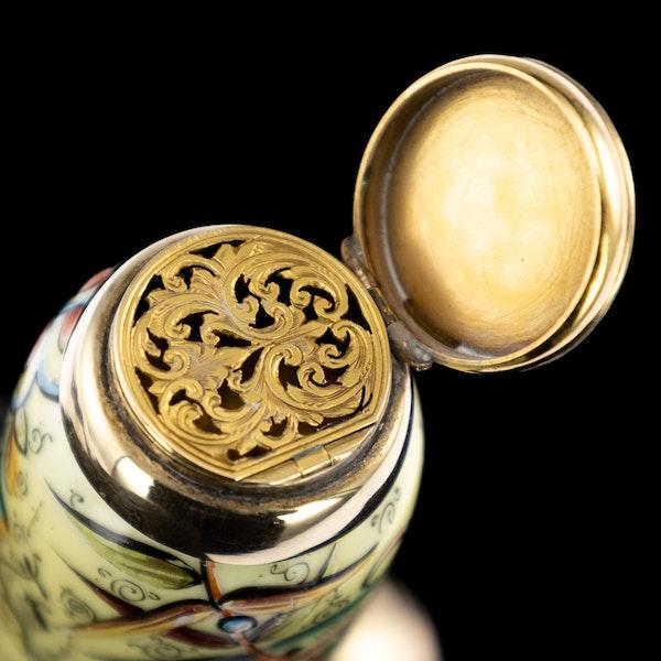 ANTIQUE 19thC VICTORIAN 18k GOLD & ENAMEL SCENT BOTTLE, SAMPSON MORDAN c.1880 - image 7