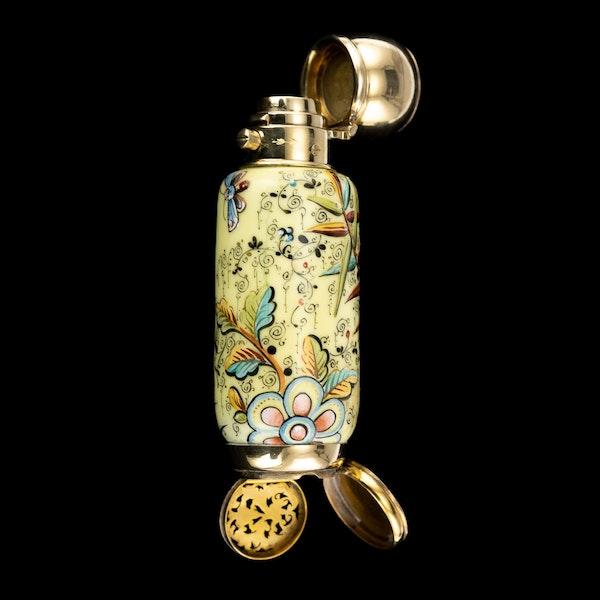 ANTIQUE 19thC VICTORIAN 18k GOLD & ENAMEL SCENT BOTTLE, SAMPSON MORDAN c.1880 - image 6