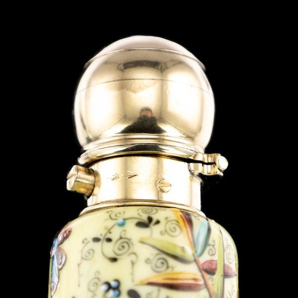 ANTIQUE 19thC VICTORIAN 18k GOLD & ENAMEL SCENT BOTTLE, SAMPSON MORDAN c.1880 - image 11