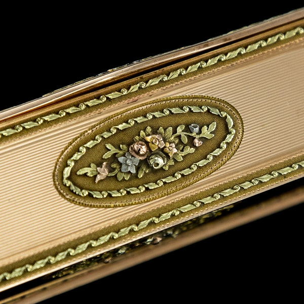 ANTIQUE 19thC RUSSIAN ROYAL PRESENTATION 14k THREE-COLOUR GOLD SNUFF BOX c.1820 - image 12