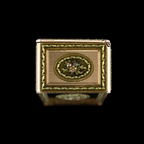 ANTIQUE 19thC RUSSIAN ROYAL PRESENTATION 14k THREE-COLOUR GOLD SNUFF BOX c.1820 - image 7