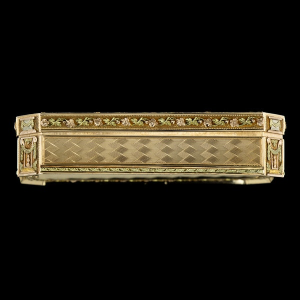 ANTIQUE 19thC SWISS 18k THREE-COLOUR GOLD SNUFF BOX, GENEVA c.1800 - image 3