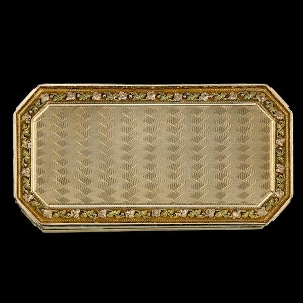 ANTIQUE 19thC SWISS 18k THREE-COLOUR GOLD SNUFF BOX, GENEVA c.1800 - image 8