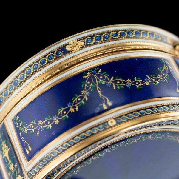 ANTIQUE 18thC FRENCH 18k GOLD & ENAMEL SNUFF BOX, PARIS c.1784 - image 11