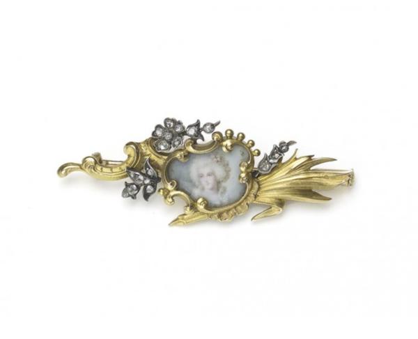 French Art Nouveau Diamond And Gold Portrait Brooch - image 1