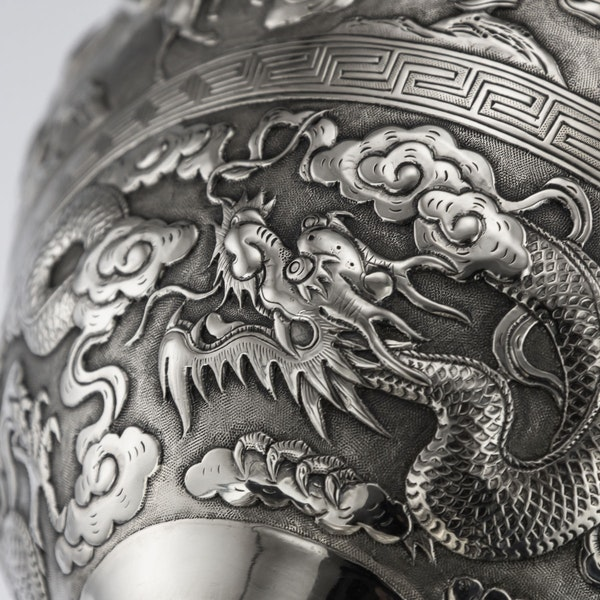 ANTIQUE 19thC CHINESE EXPORT SILVER TWO-HANDLE CUP & COVER, LUEN WO c.1880 - image 15