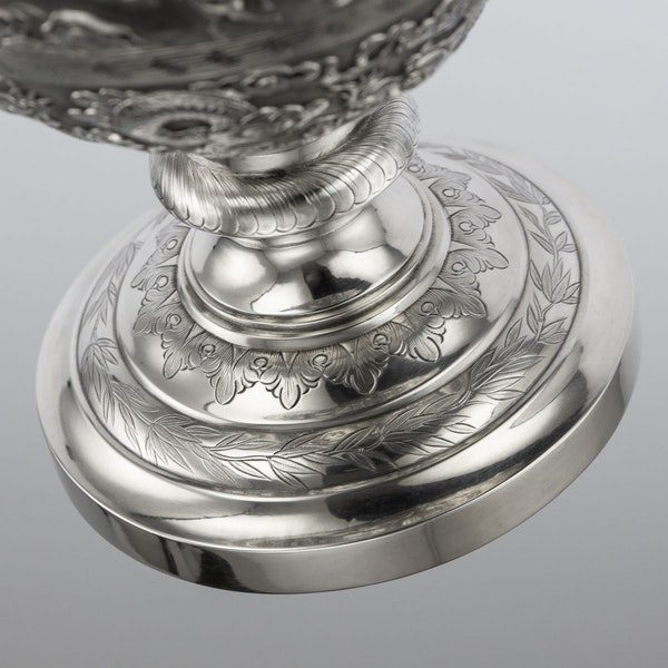 ANTIQUE 19thC CHINESE EXPORT SILVER TWO-HANDLE CUP & COVER, LUEN WO c.1880 - image 16