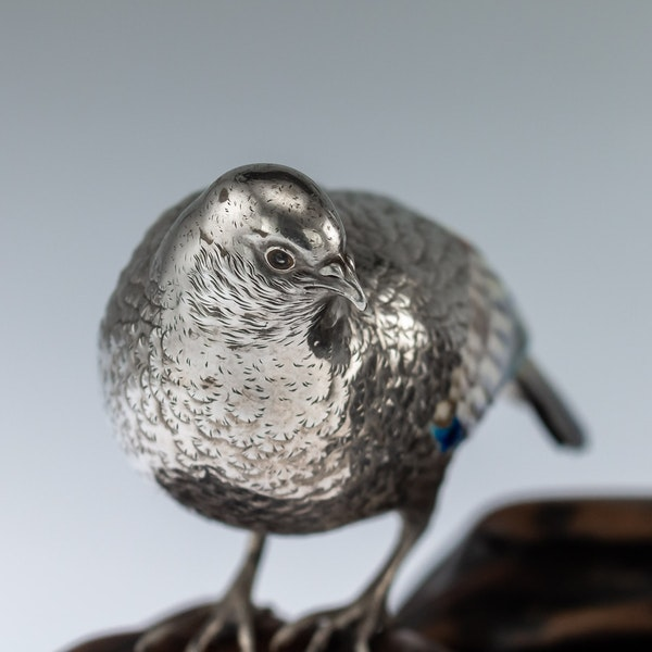 ANTIQUE 19thC JAPANESE SOLID SILVER & ENAMEL MODELS OF PIGEONS ON STAND c.1890 - image 7