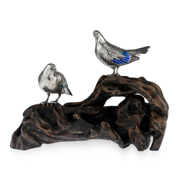ANTIQUE 19thC JAPANESE SOLID SILVER & ENAMEL MODELS OF PIGEONS ON STAND c.1890 - image 1