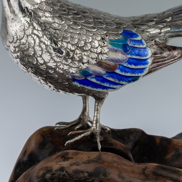 ANTIQUE 19thC JAPANESE SOLID SILVER & ENAMEL MODELS OF PIGEONS ON STAND c.1890 - image 6