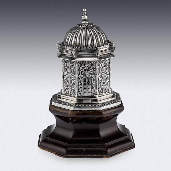 ANTIQUE 20thC INDIAN SOLID SILVER TEMPLE SHAPED TEA CADDY, OOMERSI MAWJI c.1920 - image 4