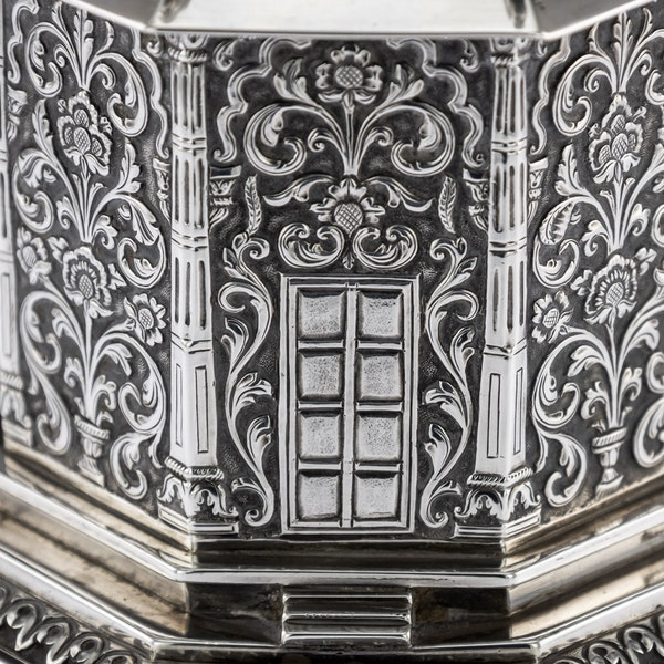 ANTIQUE 20thC INDIAN SOLID SILVER TEMPLE SHAPED TEA CADDY, OOMERSI MAWJI c.1920 - image 10