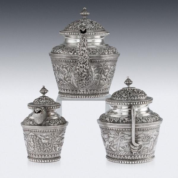 ANTIQUE 20thC INDIAN KARACHI-CUTCH SOLID SILVER TEA SET, J MANIKRAI c.1900 - image 4