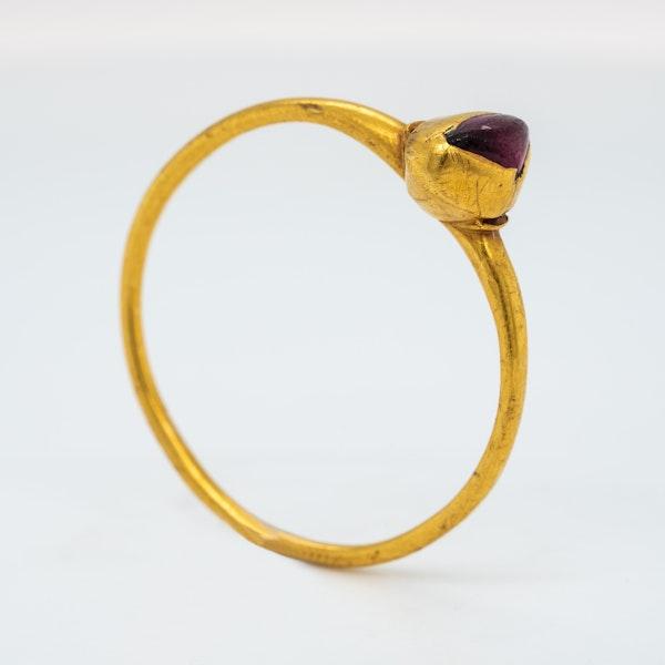 Medieval garnet ring - image 2