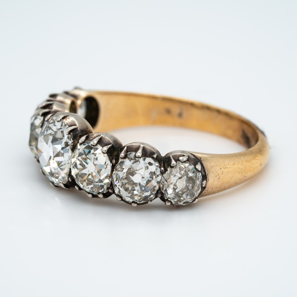 Early Victorian seven stone diamond ring - image 3