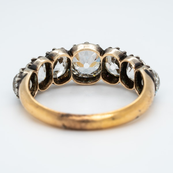 Early Victorian seven stone diamond ring - image 4