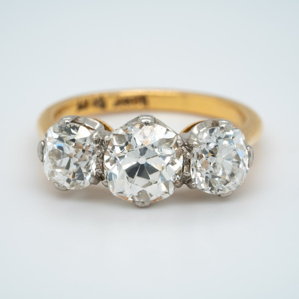 Victorian 3 stone diamond ring - image 1