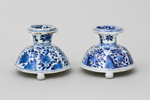 A NEAR PAIR OF CHINESE BLUE AND WHITE TRIPOD SALTS, - image 1