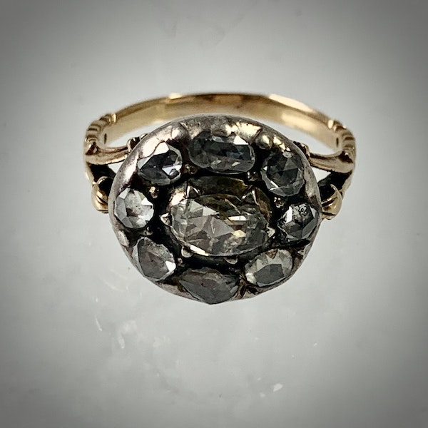Eighteenth century diamond ring - image 2