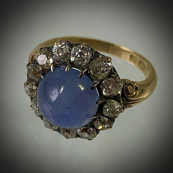 Star sapphire ring with diamonds - image 2