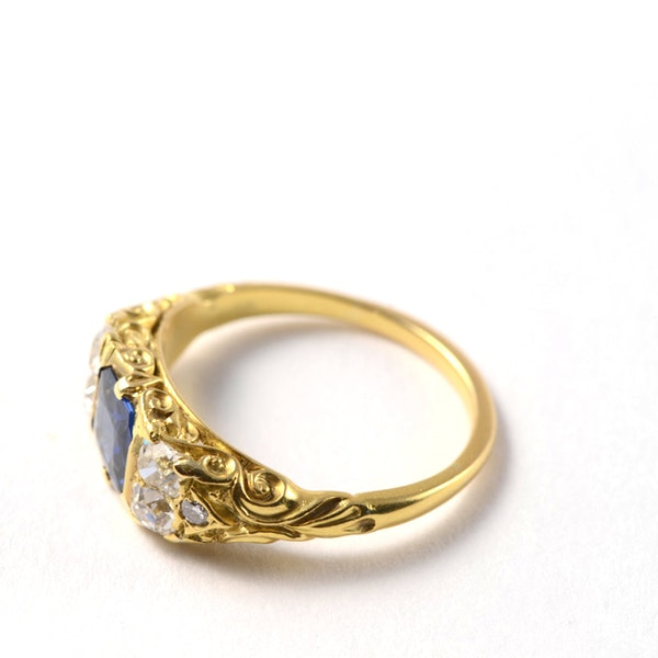 Sapphire Ring in 18ct Gold set with Diamonds date circa1900 SHAPIRO & Co since1979 - image 2