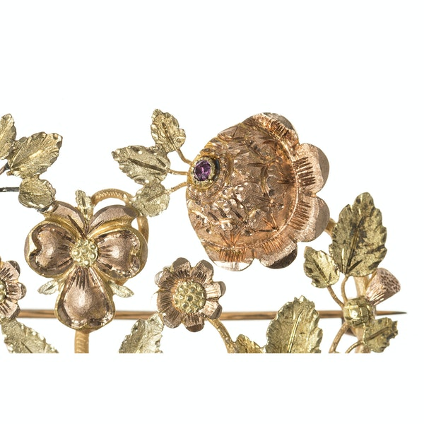 Late Georgian Three Colour Gold Floral Brooch with Ruby & Emerald, English circa 1825. - image 2