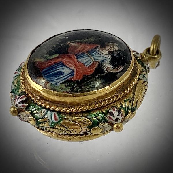 Seventeenth century pendant - image 2