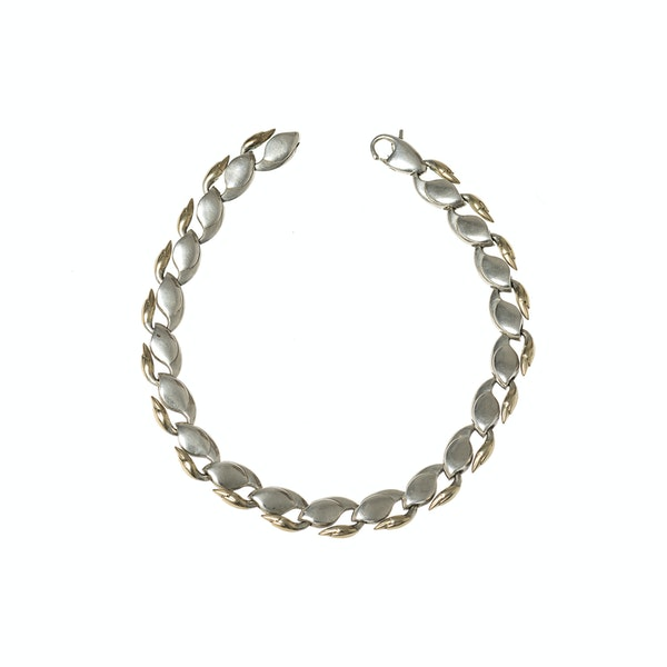 Vintage Swan Link Design Necklace in Silver and Gold, London dated 1979. - image 4