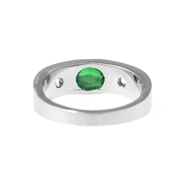 Vintage Platinum Ring with Colombian Emerald and Old Brilliant Cut Diamonds, English circa 1990. - image 5