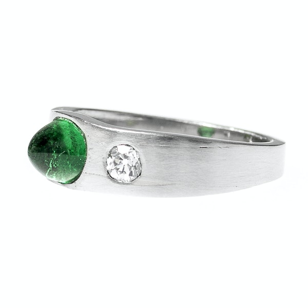 Vintage Platinum Ring with Colombian Emerald and Old Brilliant Cut Diamonds, English circa 1990. - image 3