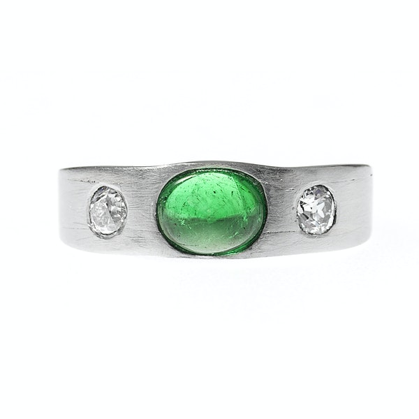 Vintage Platinum Ring with Colombian Emerald and Old Brilliant Cut Diamonds, English circa 1990. - image 2