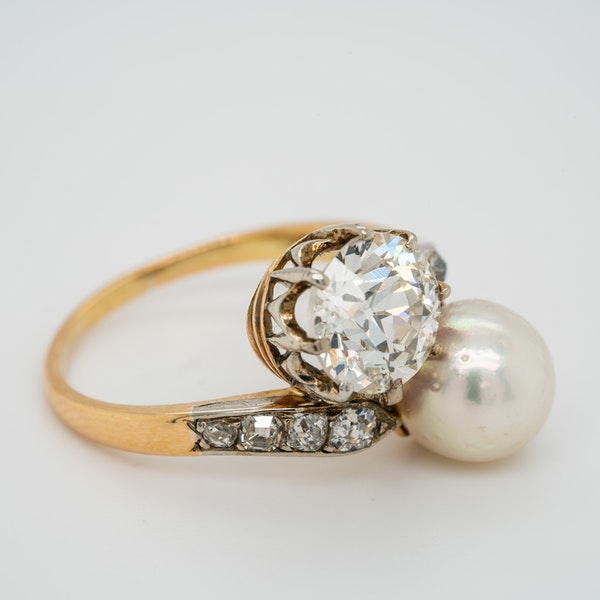 Pearl and diamond crossover  ring - image 2